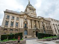 Дело сейчас рассматривается в Центральном уголовном суде Лондона Олд-Бейли