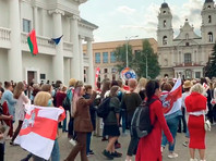 """Государственный телеканал """"Беларусь 1"""" показал сюжет, в котором утверждается, что к финансированию женских маршей солидарности в стране причастна IT-компания PandaDoc"""