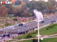 В Минске для разгона протестующих против тайной инаугурации Лукашенко применили водометы и слезоточивый газ (ВИДЕО)