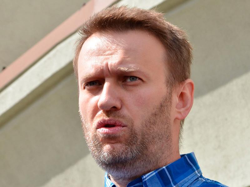 Навальный потребовал вернуть ему одежду, которая была на нем при госпитализации в Омске