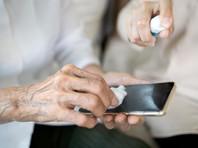 Коронавирус может жить на мобильных телефонах и банкнотах дольше, чем считалось