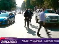 По информации грузинских СМИ, преступники требуют 500 тысяч долларов, а также встречу с неким высокопоставленным чиновником