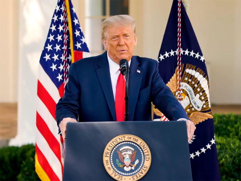 """Трамп заявил, что Китай """"будет владеть США"""" в случае победы демократов на выборах"""