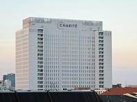 Интервью состоялось в 6 утра в среду: офис издания расположен всего лишь в нескольких шагах от клиники Charité