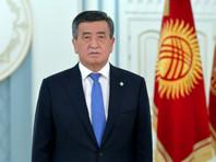 """Президент Киргизии Сооронбай Жээнбеков принимает все меры, чтобы вернуть ситуацию в стране в правовое русло, он рекомендовал ЦИК проверить результаты парламентских выборов """"вплоть до их аннулирования"""