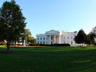 Президент США Дональд Трамп вернулся в Белый дом из Национального военно-медицинского центра имени Уолтера Рида, где он лечился от коронавирусной инфекции