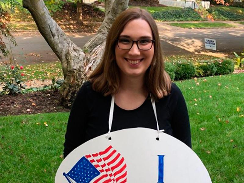 Представитель Демократической партии Сара Макбрайд стала первым в истории США трансгендером, которая займет место в сенате и будет представлять штат Делавэр