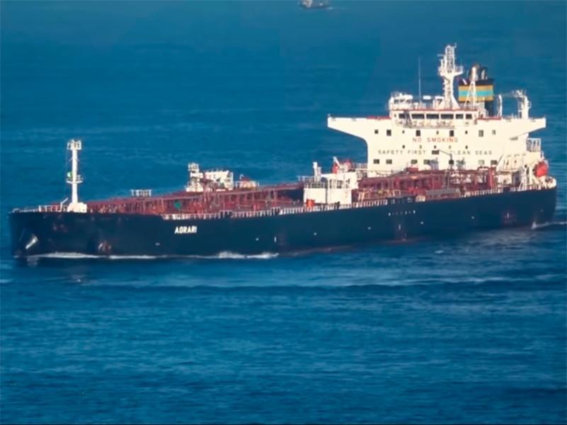 """В саудовском порту подорвался на мине греческий танкер"""" />"""