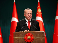 Президент Турции Реджеп Тайип Эрдоган в понедельник объявил об ужесточении ограничительных мер для борьбы с распространением коронавируса