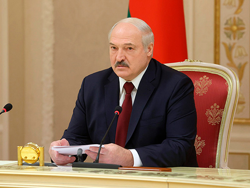 Александр Лукашенко дал интервью СМИ Белоруссии и ближнего зарубежья