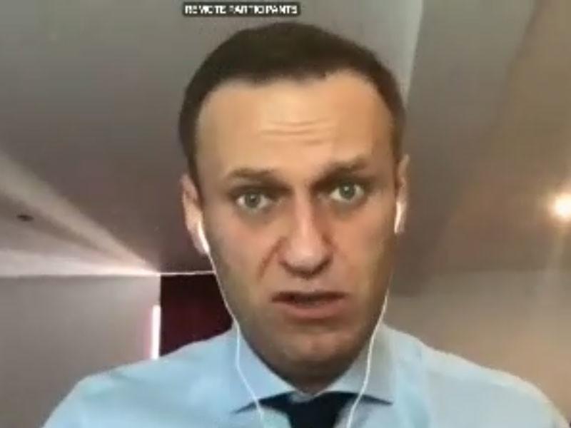Алексей Навальный, выступая в Европарламенте, призвал вводить санкции против олигархов в окружении Путина