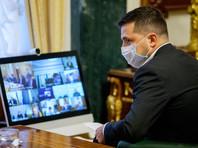 Президент Украины Владимир Зеленский заявил, что заболел коронавирусом, и уточнил, что уходит на самоизоляцию