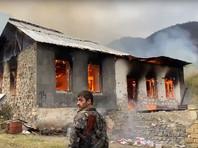 Жители переходящей Азербайджану части Карабаха стали сжигать свои дома (ВИДЕО)