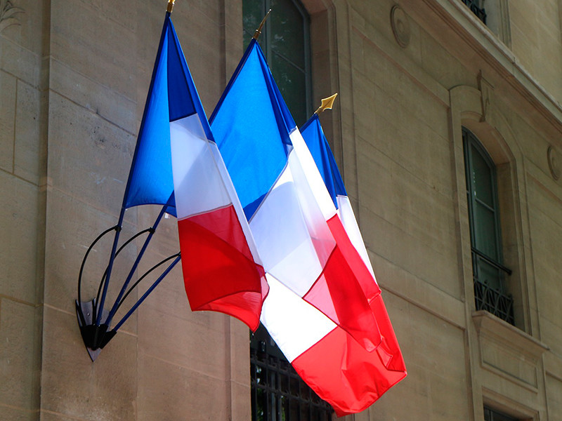 Власти Франции представили законопроект против религиозного экстремизма, избежав прямого упоминания ислама