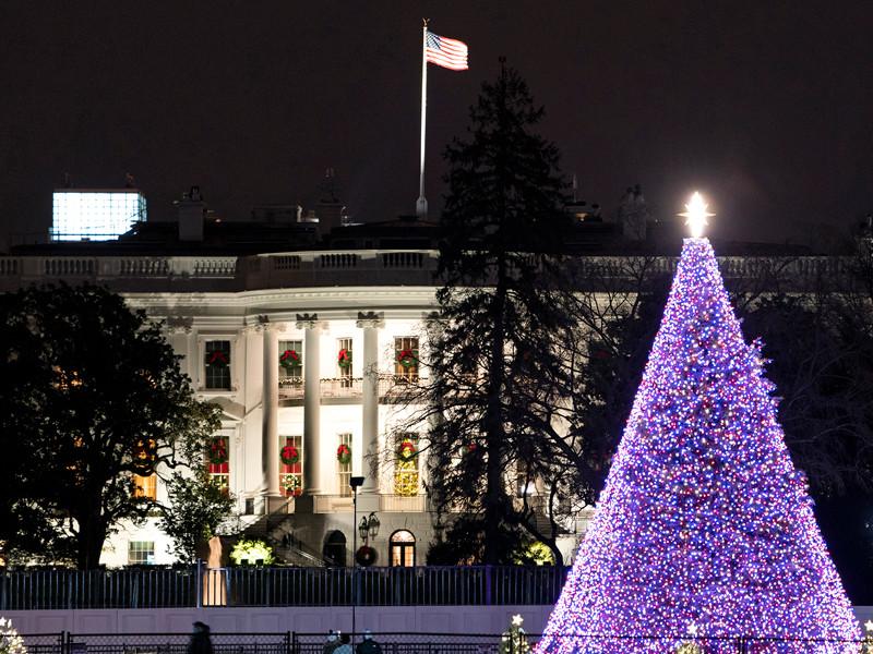 """Bloomberg: команда Байдена проверит введенные при Трампе санкции, но России надеяться не на что"""" />"""