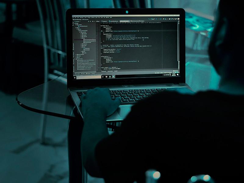 """Неизвестные хакеры атаковали Минэнерго и управление ядерной безопасности США"""" />"""