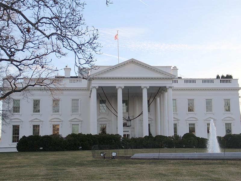 Белый дом подготовил заявление с официальными обвинениями России в недавних кибератаках на американские учреждения, однако получил указание воздержаться от его публикации