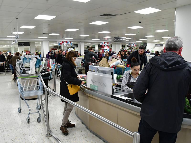Британские власти призвали продавцов сделать запасы на случай Brexit без соглашения