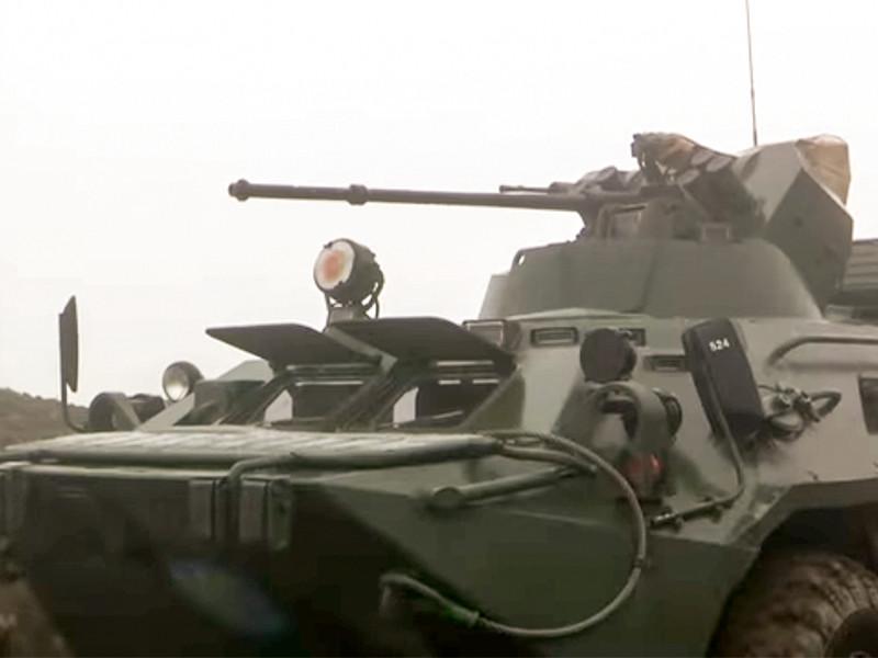 Российские миротворцы обеспечивают безопасное прохождение автотранспорта по Лачинскому коридору в Нагорном Карабахе, 17 ноября 2020 года