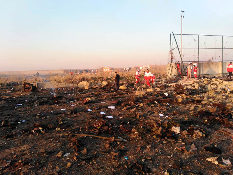 """8 января 2020 года под Тегераном после взлета был сбит пассажирский лайнер Boeing 737-800 авиакомпании """"Международные авиалинии Украины"""". На борту находилось 167 пассажиров и девять членов экипажа, все они погибли"""