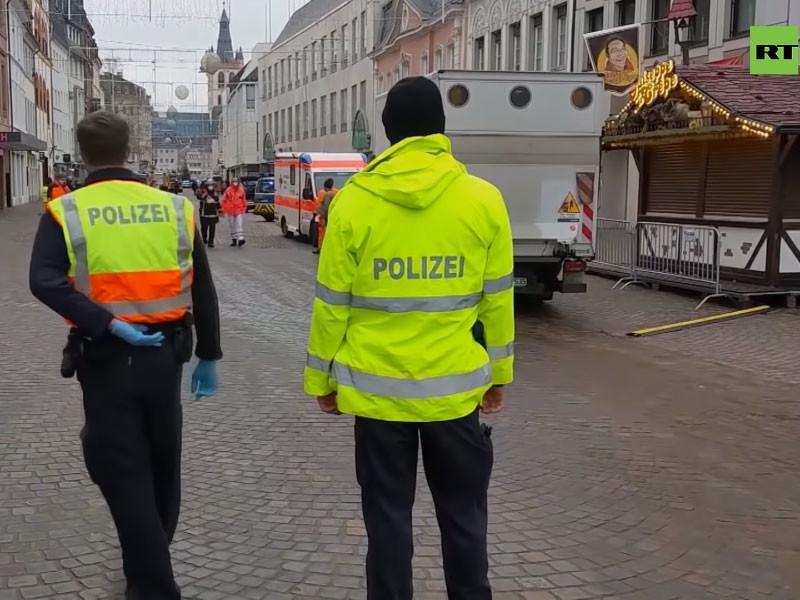 Внедорожник протаранил толпу пешеходов в немецком городе Трир, погибли пять человек (ВИДЕО)