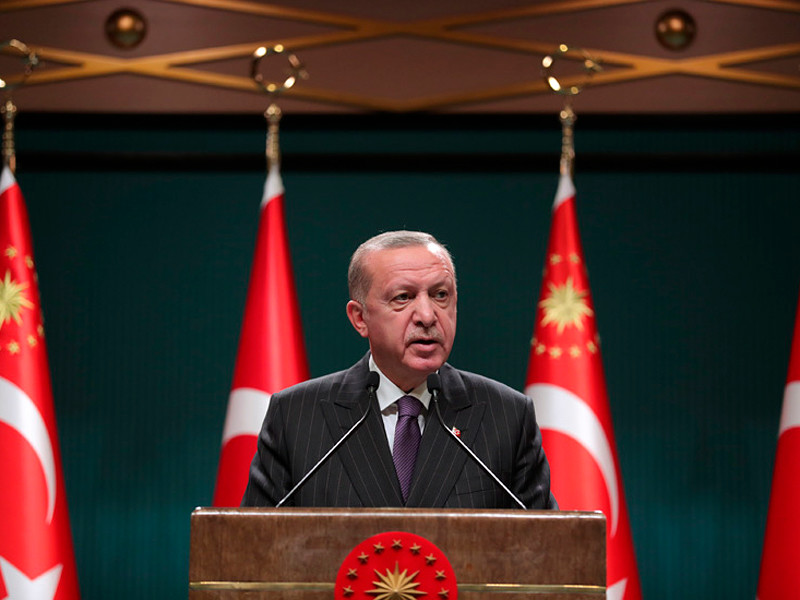 В Турции вводят полный локдаун на новогодние праздники