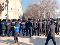 В Казахстане начались задержания участников митингов,  призывающих к бойкоту парламентских выборов