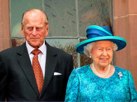 Королева Елизавета II с супругом привились от коронавируса
