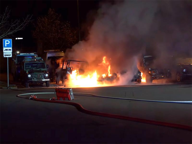 В Лейпциге сгорели семь джипов бундесвера в новогоднюю ночь