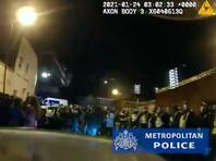 В Лондоне во время локдауна прошла нелегальная вечеринка для сотен гостей: 300 задержанных, штрафов выписано на £15 тыс. (ВИДЕО)