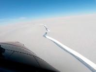 В Антарктиде от плавучего шельфового ледника Брант, где находится британская исследовательская станция Halley, откололся гигантский айсберг площадью 1270 квадратных километров, сообщает Антарктическая служба Великобритании (BAS)