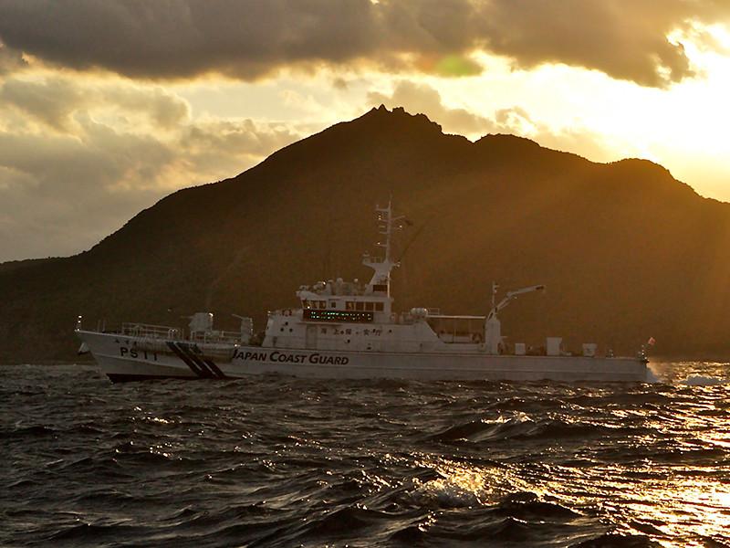 Береговая охрана Японии намерена обстреливать иностранные суда, если они будут приближаться к островам Сенкаку (Дяоюйдао) в Восточно-Китайском море