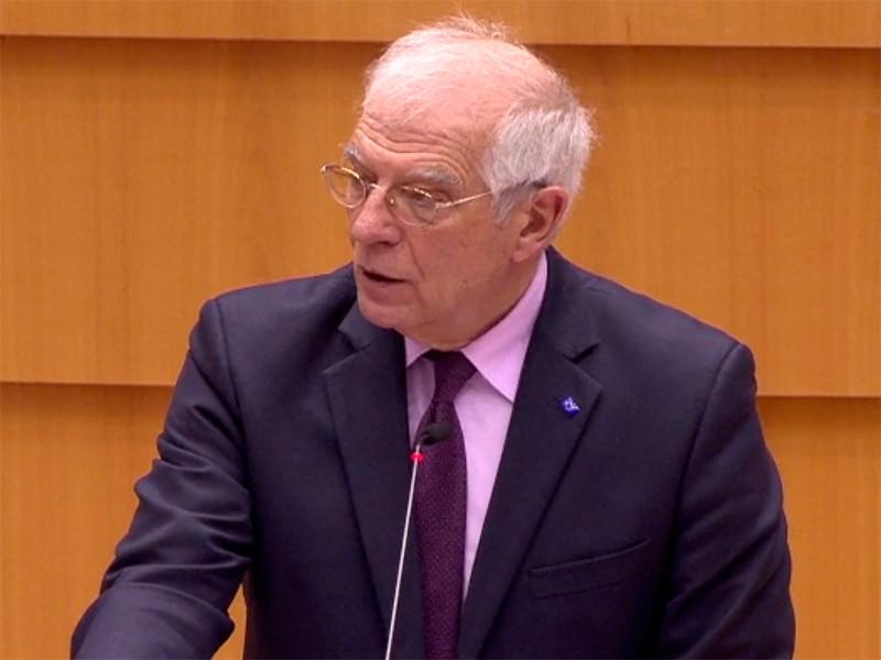 Глава европейской дипломатии Жозеп Боррель заявил во вторник, что следующие шаги в отношении России следует определить консенсусом всех стран-членов союза, отметив при этом, что возможность введения санкций будет обсуждаться