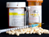 """Эксперты рассказали  про """"скрытую"""" эпидемию наркомании среди пожилых"""