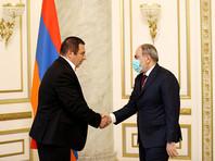 Премьер-министр Армении согласился провести внеочередные парламентские выборы в июне