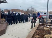 10 человек погибли при стрельбе в штате Колорадо, в том числе полицейский (ВИДЕО)