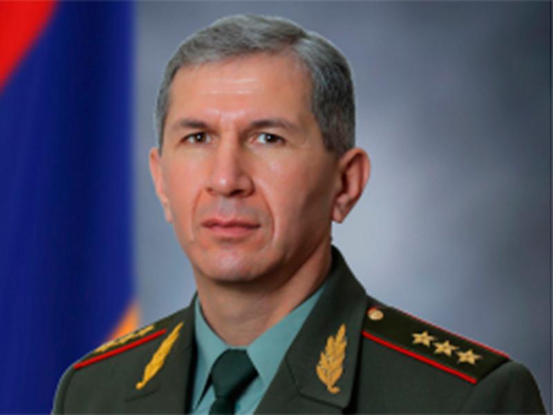 Начальник Генштаба Армении Гаспарян останется на своем посту как минимум до 10 марта