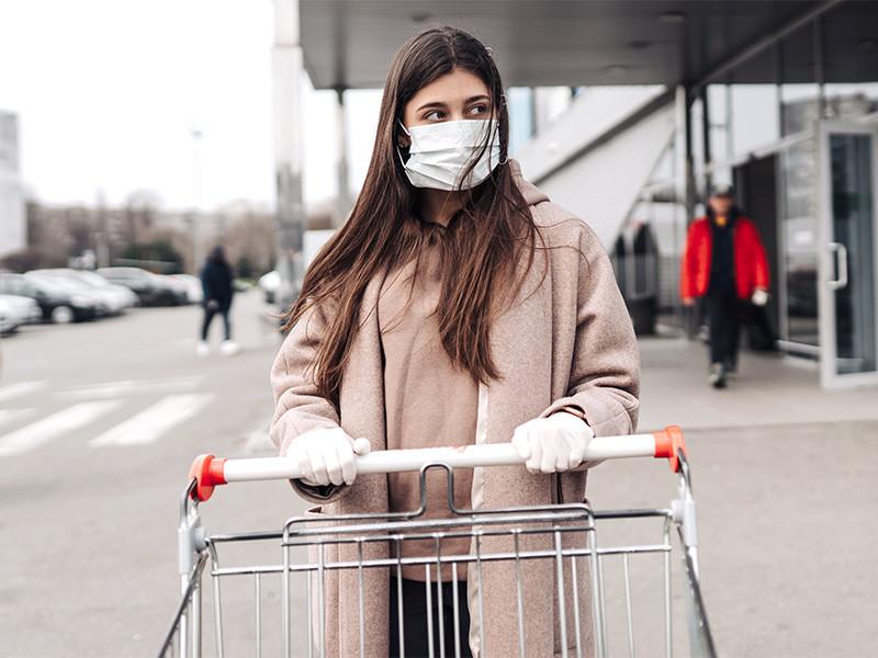 Генеральный директор немецкой биоинженеринговой компании BioNTech Угур Шахин считает, что Европа и США к концу лета полностью снимут ограничения, введенные из-за пандемии коронавируса