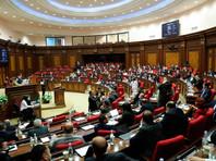 Парламент Армении отменил военное положение, введенное после конфликта в Нагорном Карабахе