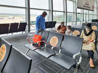 Поскольку все большее число путешественников из обеих стран прибывают в Канаду с COVID-19, все коммерческие и частные пассажирские рейсы из этих стран запрещены с 23:30 четверга, отмечает радио со ссылкой на министерство транспорта Канады