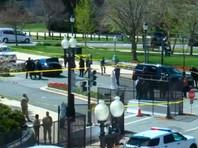 Неизвестный въехал в ограду Капитолия в Вашингтоне