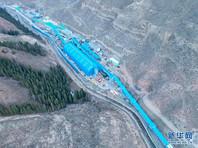 В результате затопления угольной шахты в Синьцзян-Уйгурском автономном районе КНР в ночь на воскресенье 21 горняк оказался заблокированным под землей