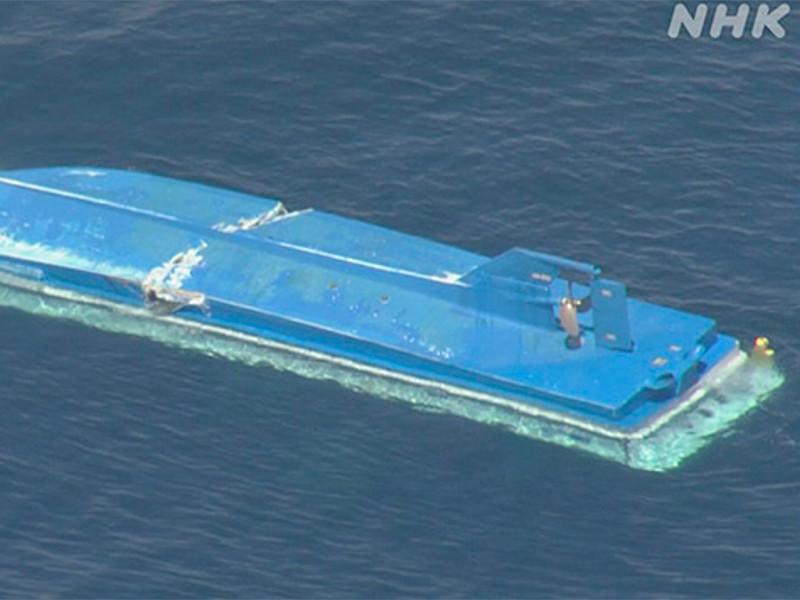 В Охотском море столкнулись российское и японское рыболовные суда, три человека погибли