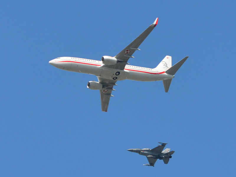 Самолет Военно-воздушных сил Польши подал сигнал о захвате в рамках проходящих в республике учений в сфере противодействия терроризму