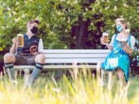 Власти Баварии приняли решение отменить проведение пивного фестиваля Октоберфест в 2021 году из-за пандемии коронавируса. Таким образом, фестиваль, который проводится в Мюнхене более 120 лет и является одной из визитных карточек Германии, отменен второй год подряд