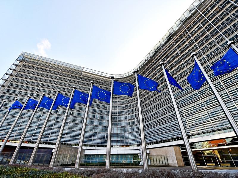 В Еврокомиссии (ЕК) разработали план экономической помощи Белоруссии на сумму не менее €3 млрд в случае демократизации республики