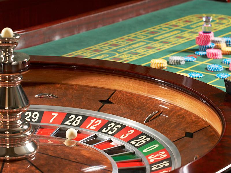 Организатора подпольного казино в Подмосковье экстрадировали из Румынии в Россию, объявила Генеральная прокуратура РФ