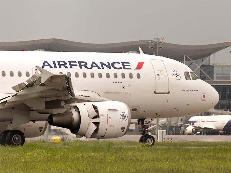 Россия разрешила французской авиакомпании Air France выполнять полеты по маршруту Париж - Москва - Париж в обход воздушного пространства Белоруссии