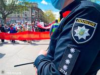 """Национальная полиция Украины возбудила несколько уголовных дел в связи с использованием запрещенной в стране """"коммунистической символики"""" во время праздничных мероприятий 8 и 9 мая"""