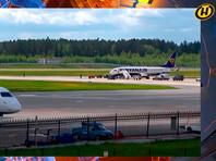 Самолет авиакомпании Ryanair в аэропорту Минска, 23 мая 2021 года